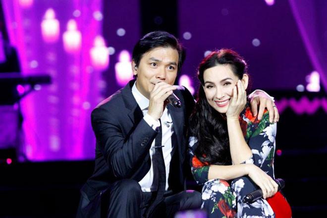 Cặp song ca vàng Chế Linh – Thanh Tuyền lần đầu hội ngộ tại Hà Nội