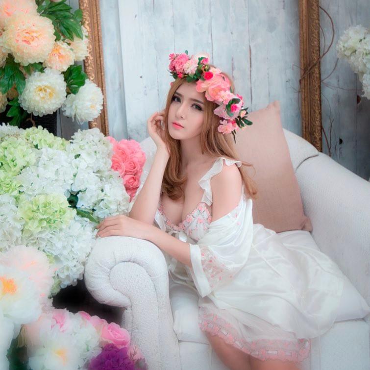 Gái xinh Lily Luta