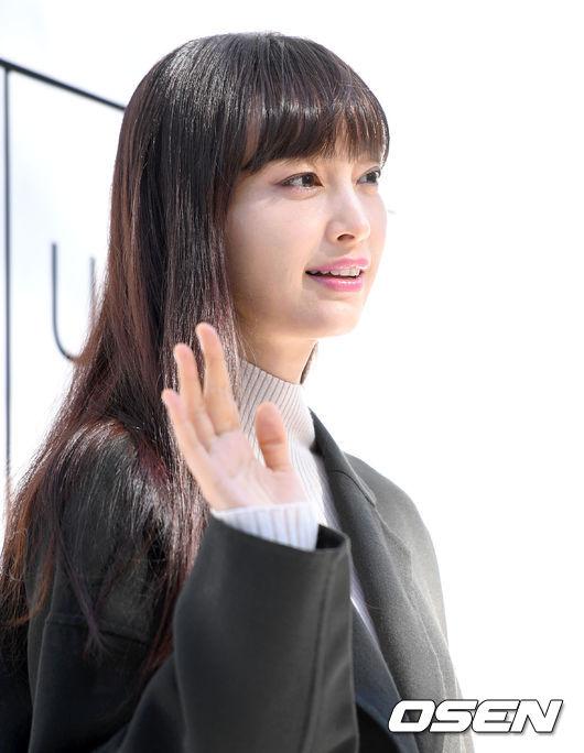 Bà xã Won Bin lấy lại vóc dáng thon thả sau hơn một năm sinh con