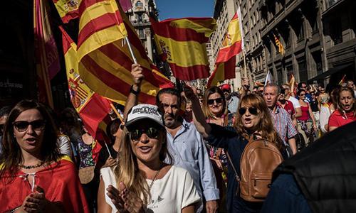 Chủ tịch Ủy ban châu Âu phản đối Catalonia tách khỏi Tây Ban Nha