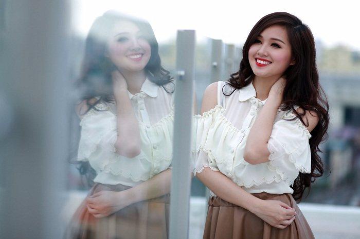 Top 10 cô gái xinh đẹp nhất Việt Nam xinh như thiên thần - Hình 4