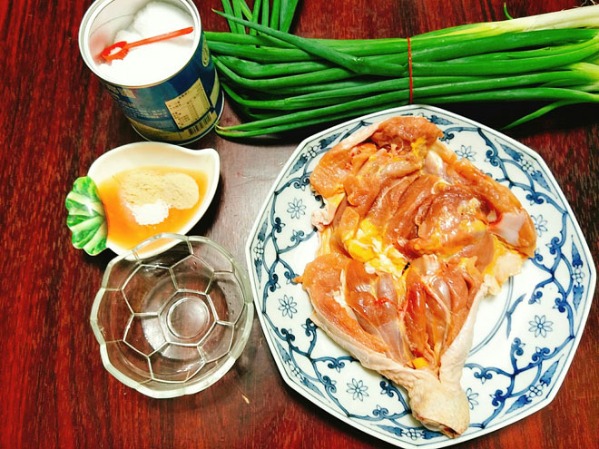 [Chế biến] - Thịt gà hấp mỡ hành mềm ngọt, béo ngậy ngon không cưỡng nổi