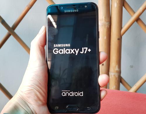 Đánh giá Samsung Galaxy J7+: Thân hình nhỏ, bảo bối lớn