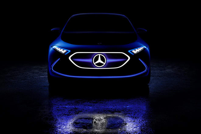 Mercedes-Benz Concept EQA: Xe thể thao chạy điện