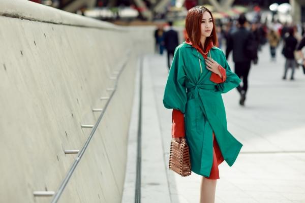 Giữa rừng fashionista đình đám xứ Hàn, lọt đâu 'cô Ba' Lan Ngọc đẳng cấp thế này!