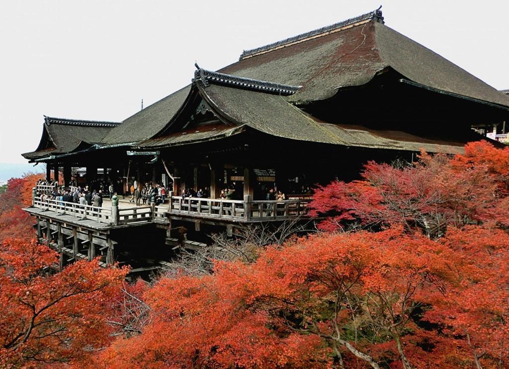 15 địa điểm ngắm lá đỏ tuyệt đẹp ở cố đô Kyoto