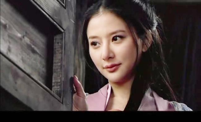 Chị dâu lẳng lơ của Võ Tòng chưa là gì với cô vợ đa tình bậc nhất Trung Quốc