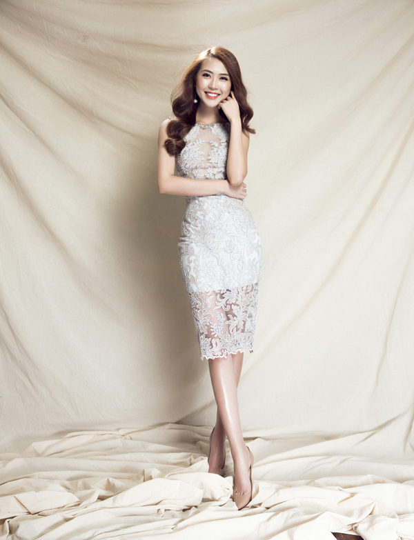 Tường Linh duyên dáng với váy đi tiệc của Đỗ Long