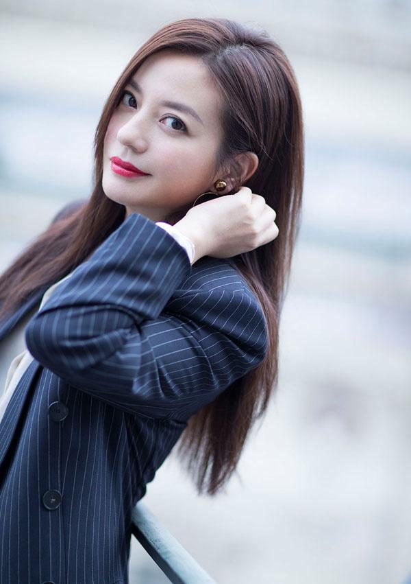 A Châu Lưu Đào, Triệu Vy đối lập phong cách