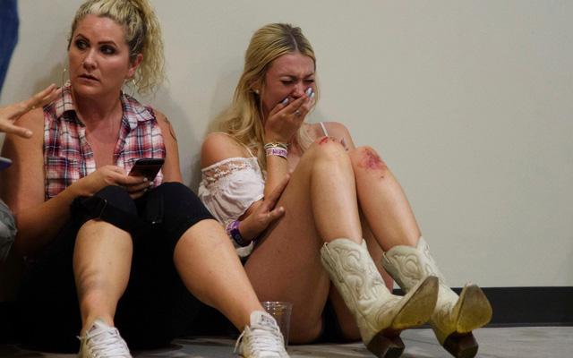 """Bệnh viện Las Vegas như """"vùng chiến sự"""" sau vụ thảm sát"""