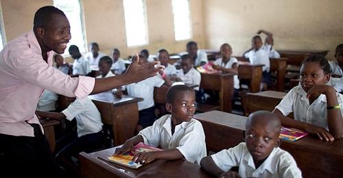 Ngày Nhà giáo thế giới tập trung vào quyền tự do của giáo viên