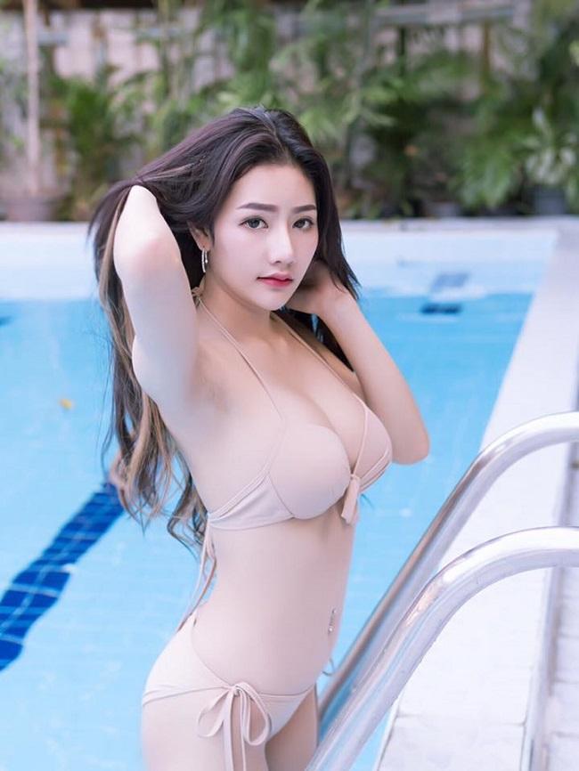 Atittaya Chaiyasing nữ thần sexy nhất Thái Lan khiến trận đàn ông thèm khát