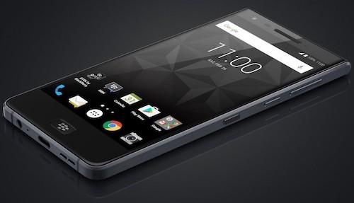 Điện thoại BlackBerry chống nước đầu tiên lộ ảnh