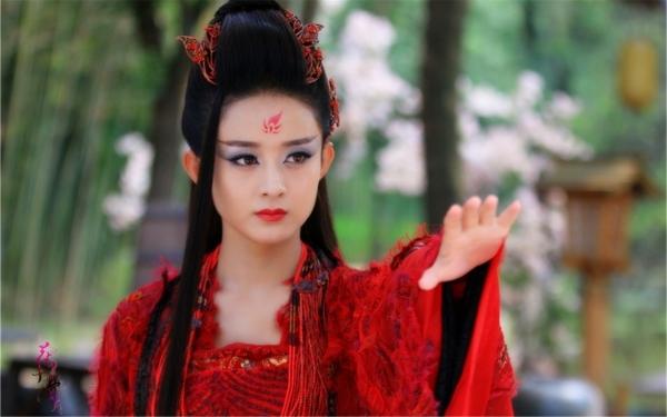Triệu Lệ Dĩnh mỹ nhân đóng phim cổ trang