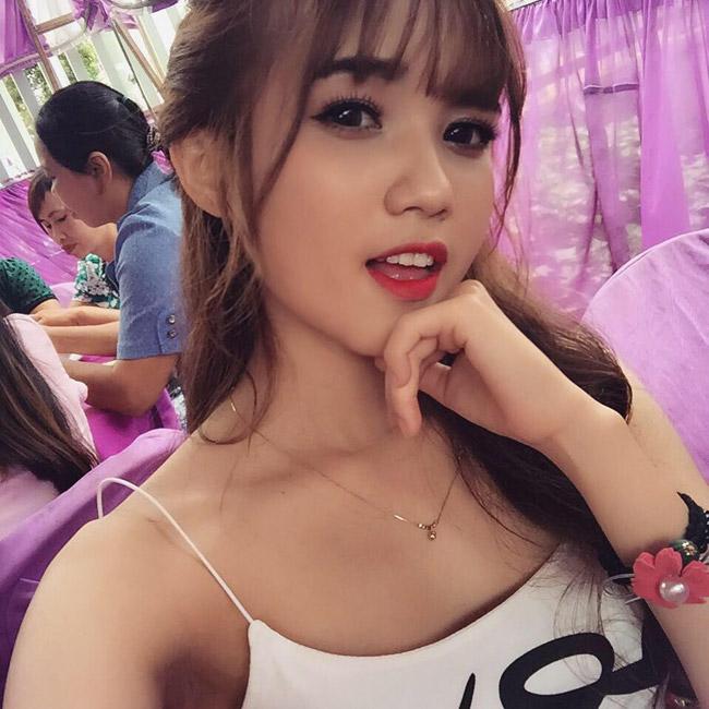 """Hot girl Tây Nguyên gây """"náo loạn"""" Bạn muốn hẹn hò dù chưa lên sóng"""