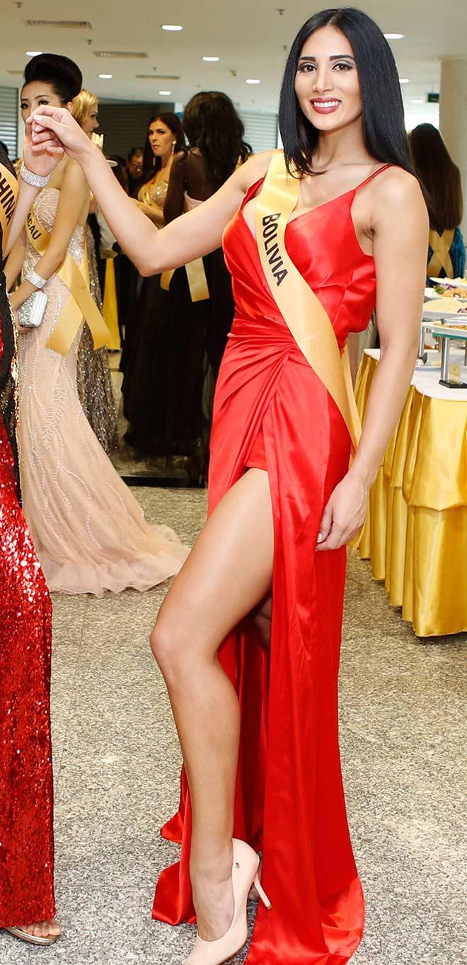 Bất ngờ trước nhan sắc như đàn ông của thí sinh Miss Grand International 2017