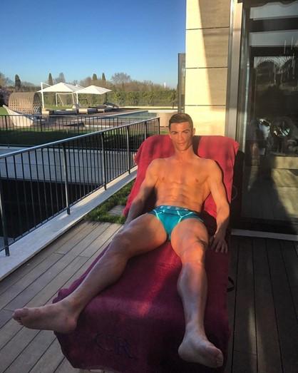 Khám phá 'siêu' biệt thự xa hoa của Cristiano Ronaldo