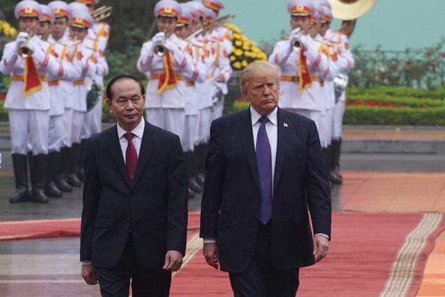 Tổng thống Trump cảm ơn về ngày tuyệt vời ở Việt Nam