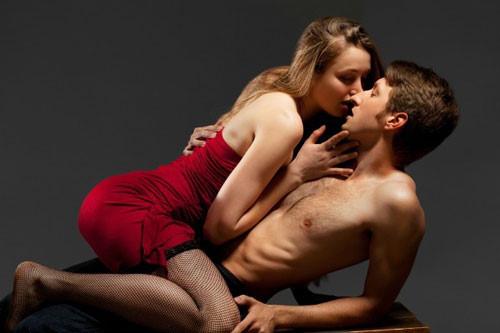 8 điểm G nhạy cảm trên cơ thể đàn ông, chỉ cần nàng chạm nhẹ là chàng sẽ run bần bật, SƯỚNG VÔ CÙNG