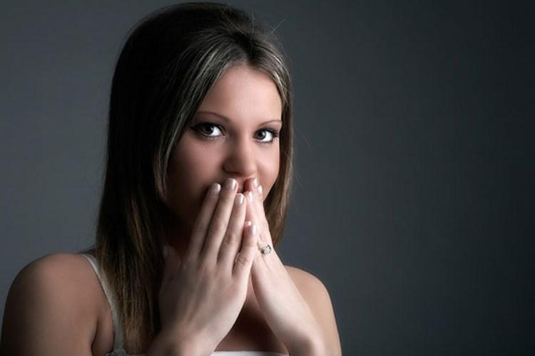 """8 nguyên nhân khiến nàng sợ """"yêu"""" bằng miệng"""