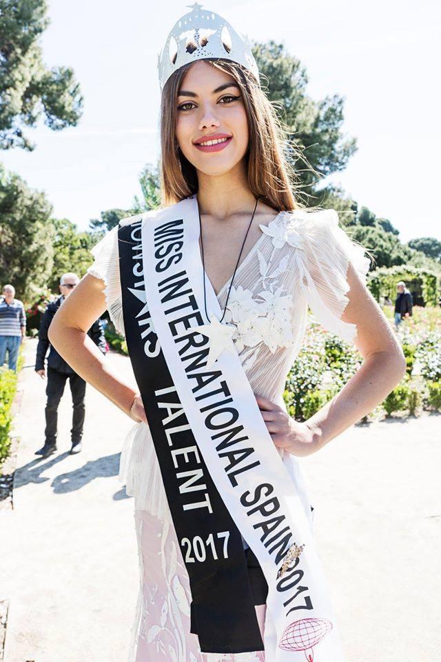 Đối thủ sexy cỡ này, cơ hội nào cho Thùy Dung tại Hoa hậu Quốc tế?