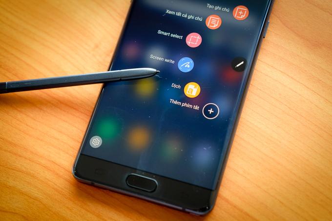 Galaxy Note FE được bán ở Việt Nam từ ngày 25/11