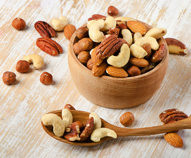 Muốn tránh bệnh tim, hãy ăn các loại hạt