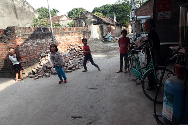 Những lần vượt cạn siêu tốc của người phụ nữ 29 tuổi đẻ 8 con ở Hà Nội