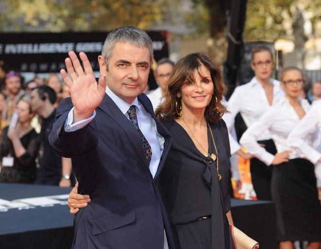 Vua hài Mr. Bean: Từ gã đàn ông bị miệt thị vì nói lắp đến siêu sao giàu có chuẩn bị đón con thứ 3 ở tuổi 62
