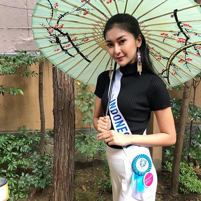 Đôi mắt rắn vẫn lên ngôi thuyết phục của tân Hoa hậu Quốc tế