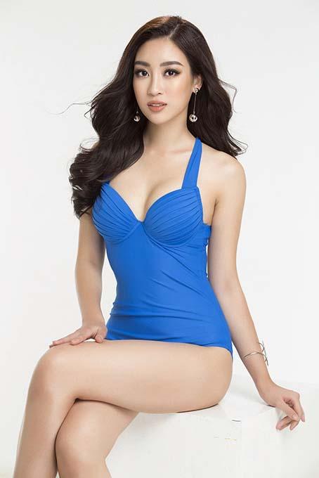 """Fan """"sốt xình xịch"""" khi Mỹ Linh tung ảnh bikini gợi cảm hết nấc"""