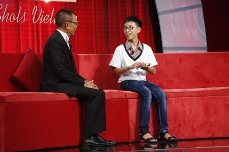 MC kỳ cựu Lại Văn Sâm cũng phải cạn lời với cậu bé 13 tuổi này