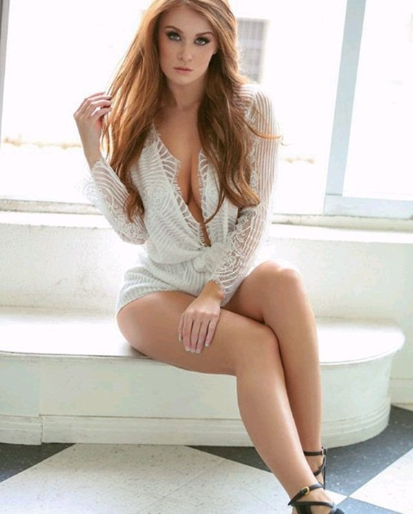 Leanna decker sexy