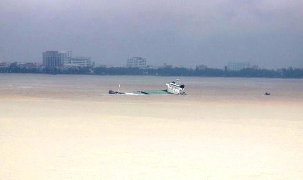 Bình Định báo cáo trực tuyến với Thủ tướng vụ hàng loạt tàu bị chìm