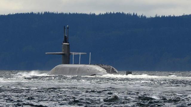 Hàn Quốc muốn mua tàu ngầm hạt nhân Mỹ để dằn mặt Triều Tiên - Hình 1