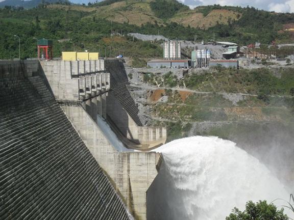 Lo lũ mới, Quảng Nam siết chặt quy trình xả nước các thủy điện - Hình 1