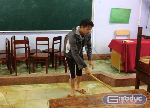 Nhiều trường học ở Huế vẫn còn ngập, học sinh chưa thể đến trường - Hình 7