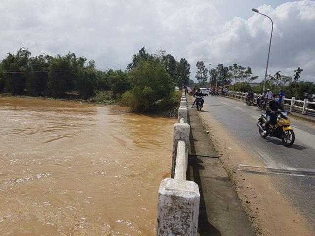 Quảng Nam yêu cầu thủy điện xả lũ để đón lũ mới - Hình 2