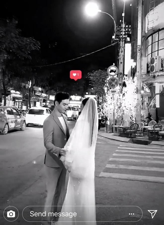 Chúng Huyền Thanh mặc đầm gợi cảm, rạng rỡ đi chụp ảnh cưới với bạn trai