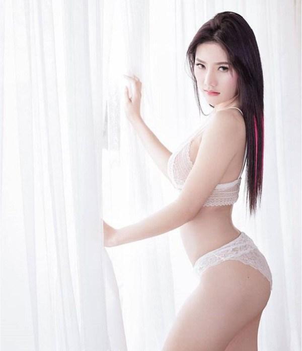 """Mẫu nữ trẻ Thái Lan khiến bao anh """"rụng tim"""" khi mặc áo tắm, nội y và đồ trễ nải."""