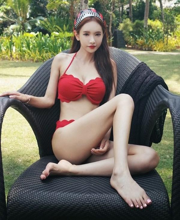 Ngắm vẻ kiều diễm, nóng bỏng của người đẹp Eun Ji
