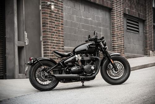 Triumph Bonneville Bobber Black sẽ có giá từ 353 triệu đồng
