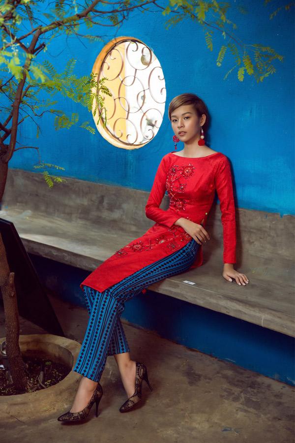 Phí Phương Anh diện áo dài gạch bông, hóa Cô Ba Sài Gòn cá tính - Hình 7