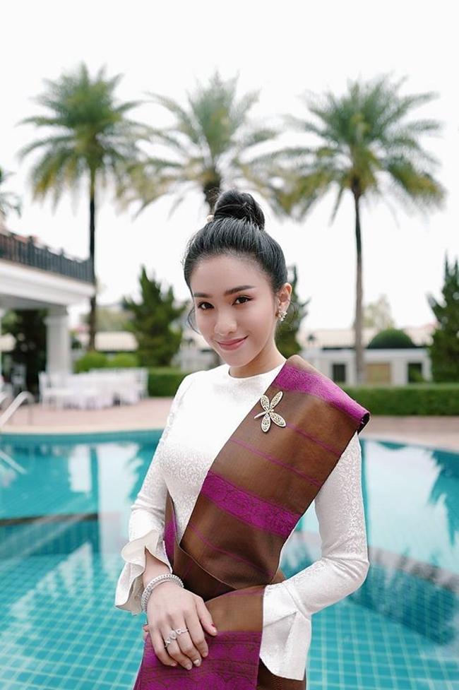 Gái Lào xinh đẹp đến khó cưỡng không thua kém gái Nhật 7