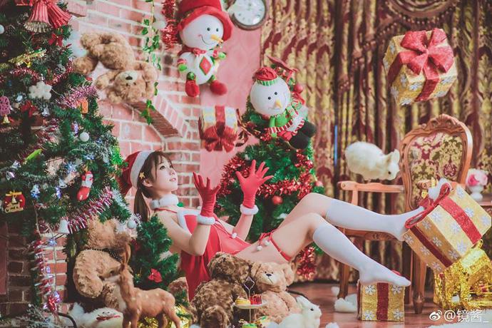 Ngắm cosplay cô nàng loli cực gợi cảm trong trang phục Giáng Sinh
