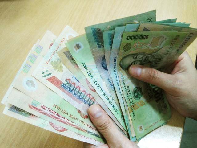 Để cấp dưới chiếm dụng tiền, Trưởng Công an huyện bị cảnh cáo - Hình 1