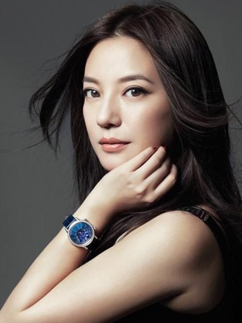 Bảng xếp hạng giá trị thương mại: Triệu Vy về bét, Lộc Hàm giành quán quân