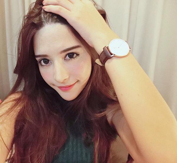 Bông hồng lai Thái Lan đẹp tuyệt sắc gây bão trên Instagram
