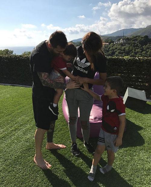 Messi gọi con trai là con hoang