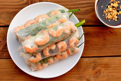 Những món cuốn đơn giản, dễ ăn cho ngày lười vào bếp